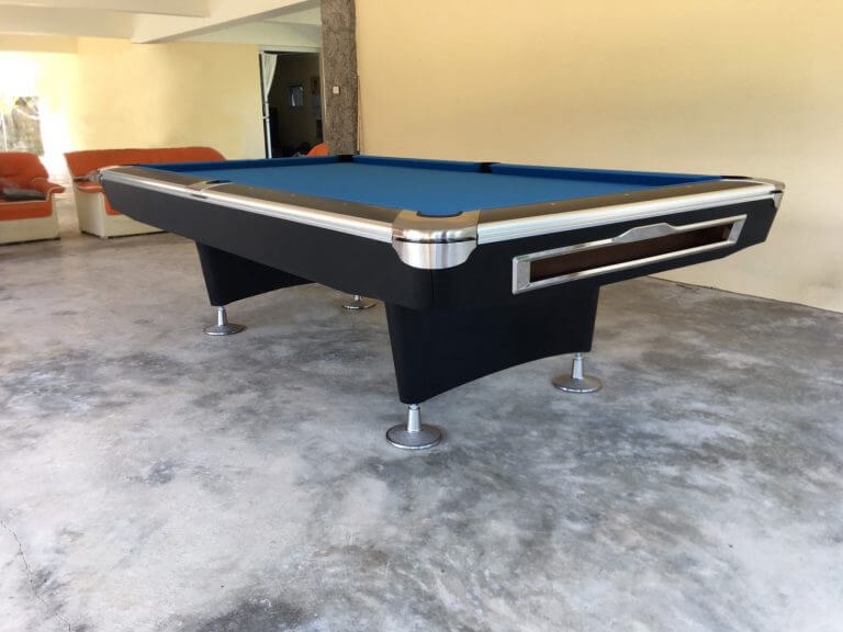 Rhino Pro pool table hua hin
